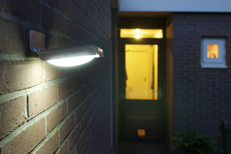 Lampada da giardino ad energia solare nautex srl innovative