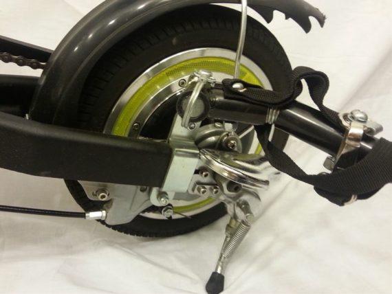Staffa attacco a bici elettrica e one per traino cuccia for Staffe pieghevoli